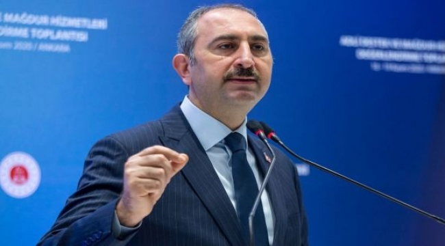 Adalet Bakanı Gül:''Hakim görünümlü militanların ayaklar altına alma.....