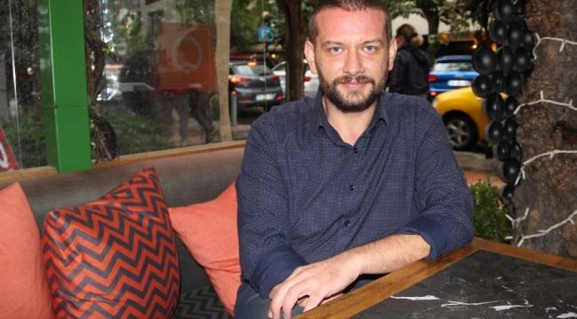 İzmirli ünlü oyuncudan oyuncu olmak isteyen gençlere uyarı